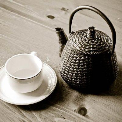 tea set pot Eduardo Mueses